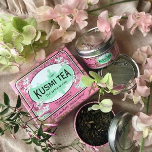 Kusumi tea set